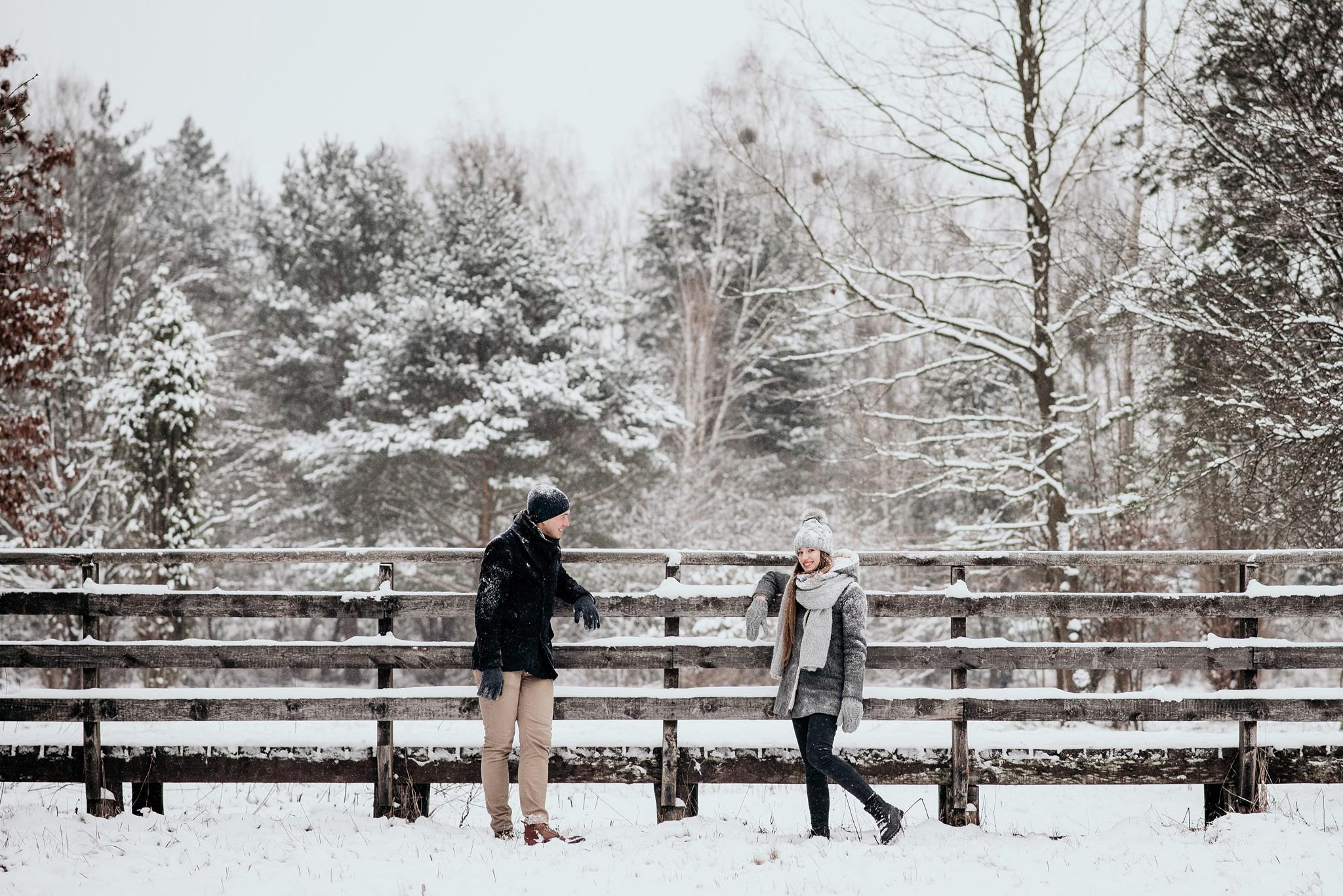 sesja w lesie zima