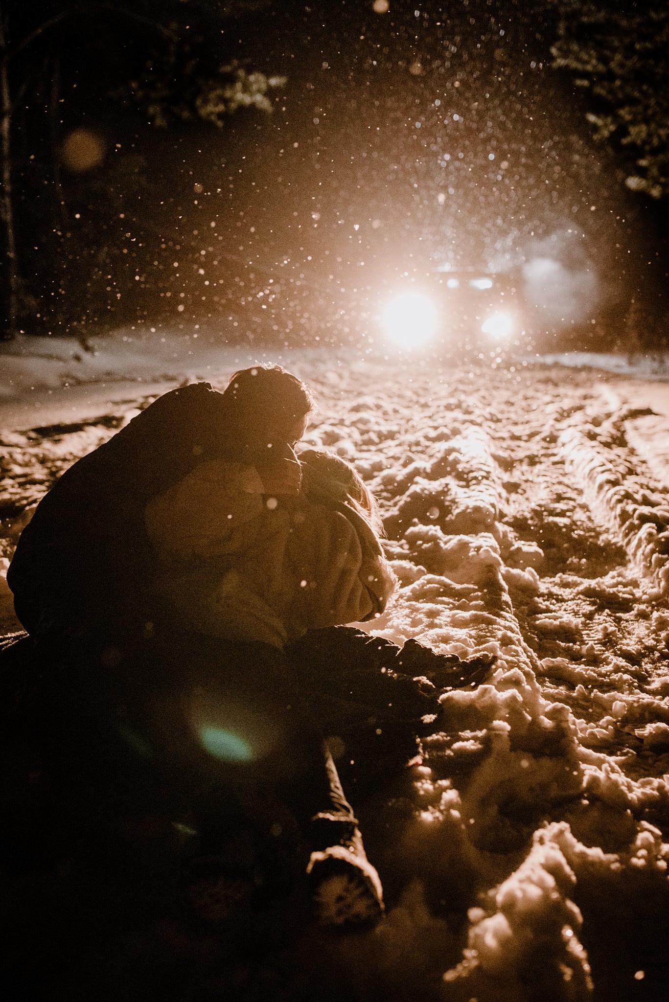 sesja zdjęciowa w śniegu