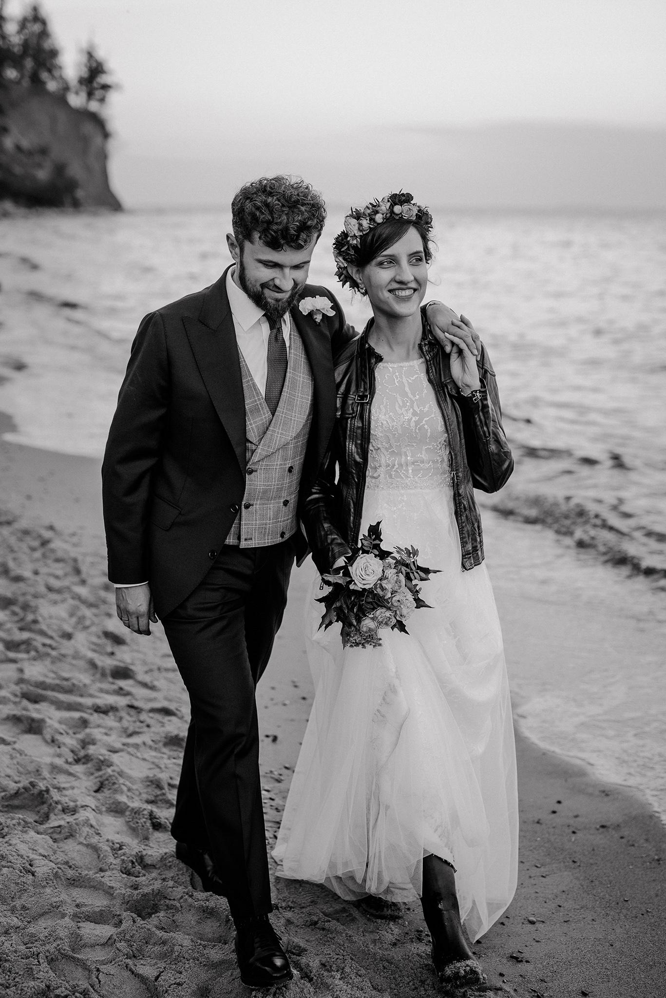 ślub na plaży gdynia orłowo
