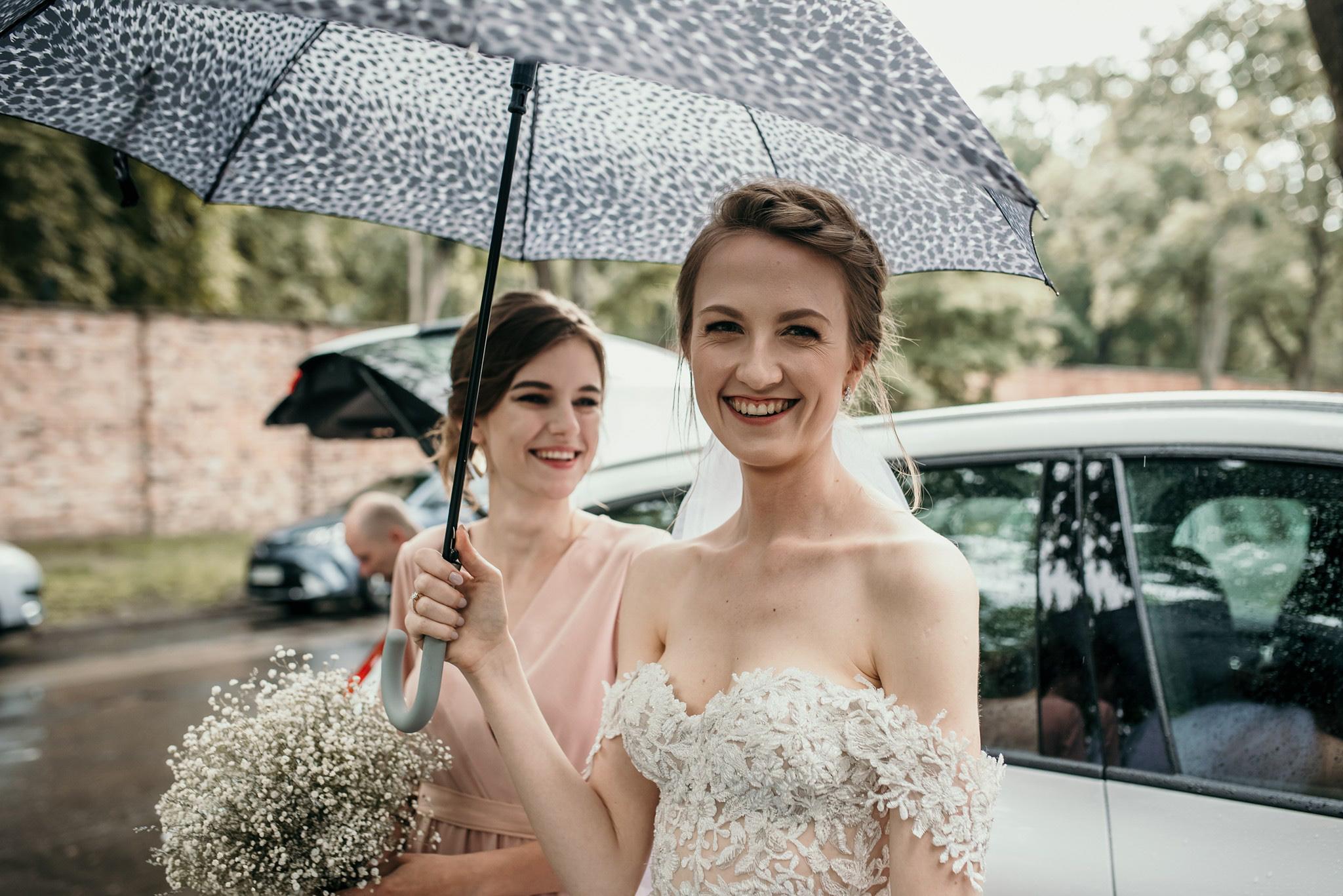 wesele w deszczu