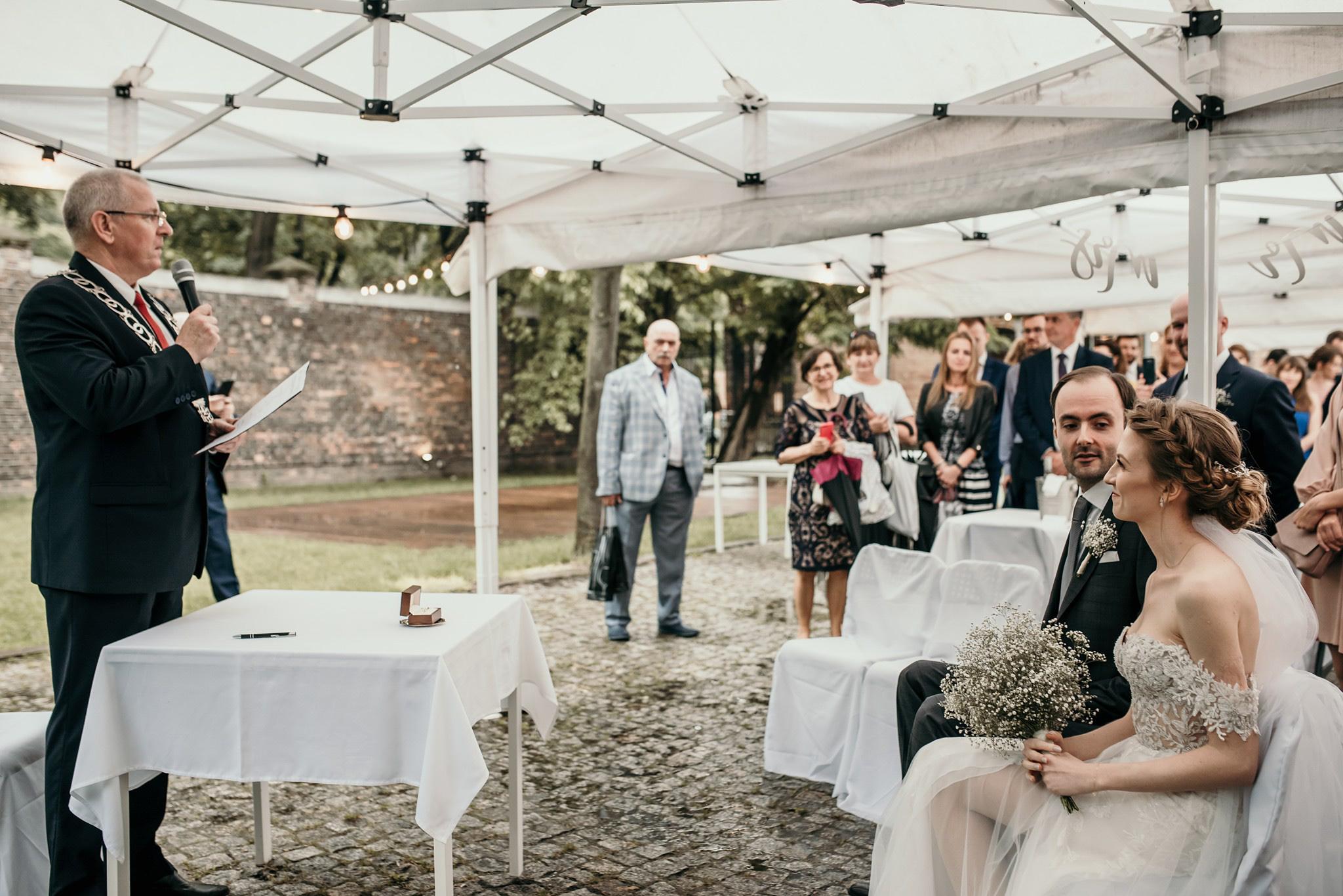 ślub cywilny w plenerze warszawa