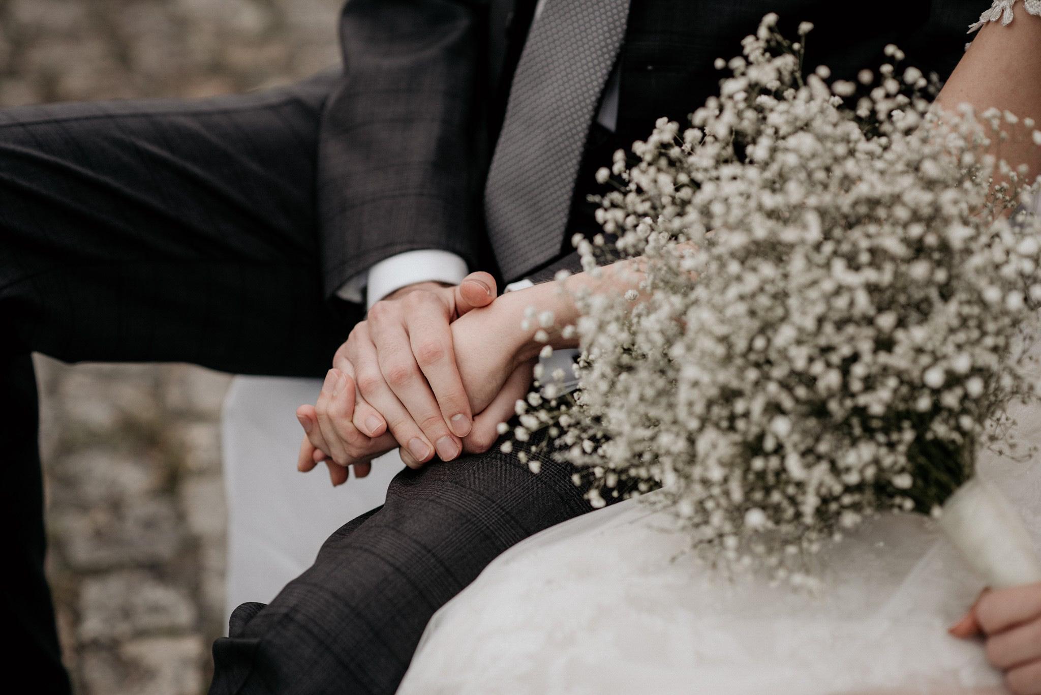 zdjęcia ze ślubu w plenerze